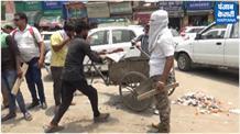 सफाई कर्मियों से खौफजदा नगर निगम ने भारी पुलिस बल के साये में करवाई सफाई