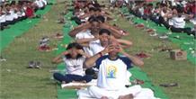सीएम सिटी गोरखपुर में हर्षोल्लास के साथ मनाया गया योग दिवस