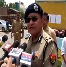 यूपी पुलिस सिपाही भर्ती परीक्षा:  डीजीपी ओपी सिंह ने किया परीक्षा केंद्रों का औचक निरीक्षण , अलर्ट पर एजेंसियां