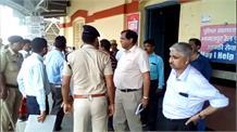 श्रावणी मेले को लेकर ADRM एसके भगत ने किया सुल्तानगंज स्टेशन का निरीक्षण