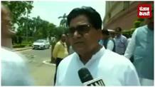 रामगोपाल ने की मीडिया से बदतमीजी, पत्रकार को बोले अपशब्द