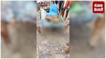 नहीं पहुंची एंबुलेंस, मारपीट में हुए घायल लोगों को चारपाई पर लेकर पहुंचे अस्पताल