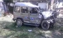 बोलेरो और ऑटो लोडर की टक्कर, 2 की मौत 5 घायल