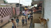 4 हजार ग्रामीणों ने किया चुनाव का बहिष्कार