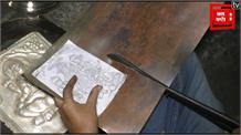 राम मंदिर निर्माण की तैयारी तेज़, मंदिर के लिए घंटा और कलश तैयार कर रहे कारीगर