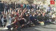 नाहन में युवक की मौत पर हंगामा, लोगों ने बंद किया NH
