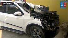 सड़क हादसे में पूर्व विदेश मंत्री Salman Khurshid की पत्नी घायल