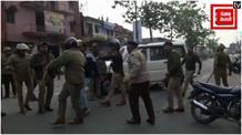 मोती सिंह हत्याकांड: भीड़ ने किया पुलिस पर पथराव, पुलिस ने किया लाठीचार्ज