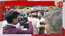 दिल्ली में कश्मीरी युवक ने लगाए पाकिस्तान जिंदाबाद के नारे, पिटाई