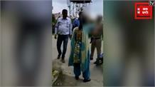 पुलिसवाले की पत्नी को भेजता था अश्लील मैसेज, बीच सड़क पर मनचले की हुई ठुकाई