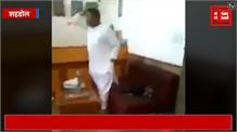 बिसाहूलाल का एक और वीडियो वायरल, अब बंदूक की नोक पर कर्मचारी को हड़काते दिखे