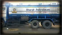 किसानों का दिल्ली कूच : हरियाणा-पंजाब बॉर्डर पर खड़े हैं पेट्रोल डीजल के ट्रक, खतरे की आशंका