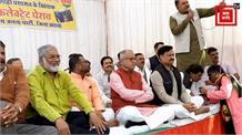 BJP विधायक के बिगड़े बोल, 'अफसरों की पागलपंथी का हिसाब हम बराबर करेंगे'