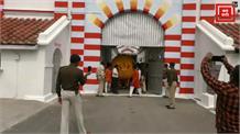 महाबली हनुमान के लिए कैदियों की ऐसी भक्ति, बना डाला 11 हजार KG का लड्डू