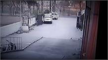 CCTV में कैद हुई दिल दहला देने वाली सड़क हादसे की Live तस्वीरें !