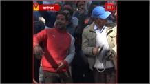 Mahashivratri: बाबा बागनाथ की नगरी पहुंचे होल्यार, खेली होली