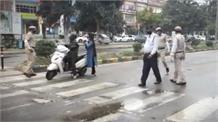 लॉक डाउन में ड्यूटी पर तैनात पुलिसकर्मी को कैंटर ने मारी टक्कर, गंभीर रूप से घायल