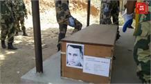 BSF जवान की छत से गिरने से मौत, मोबाइल पर परिजनों से कर रहा था बात