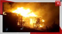 गैस सिलेंडर फटने से घर में लगी भयानक आग, बाल-बाल बची जिंदगियां