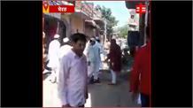 ईद की नमाज़ पढ़ने को लेकर दो पक्षों में पथराव, पुलिस ने जमकर भांजी लाठियां