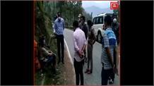 Uttarkashi में Police ने पकड़ा यूक्रेन का नागरिक, Haridwar में Quarantine पूरा कर पैदल जा रहा था जखोली