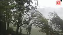 तेज आंधी-तूफान ने उत्तरी कश्मीर में बरपाया कहर... देखें, दिल दहलाने वाली तस्वीरें