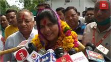 लाखन सिंह के आरोपों पर इमरती देवी का कड़ा जवाब - 'अगर मैं बिकाऊ हूं तो मेरी जनता मुझे जबाब देगी'