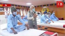 लेह में घायल 'बिहार रेजीमेंट' के जवानों से मिले पीएम मोदी, बढ़ाया हौंसला