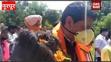 नूरपूर पहुंचने पर मंत्री राकेश पठानिया का गर्म जोशी से हुआ स्वागत
