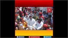 बेरोजगारी, महंगाई को लेकर सड़कों पर उतरे सपा कार्यकर्ता, योगी सरकार के खिलाफ किया प्रदर्शन