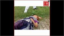 प्रभारी मंत्री के पास फरियाद लेकर पहुंचे परिवार को पुलिस ने रोका, युवक बोला- नहीं मिला न्याय तो कर लूंगा आत्महत्या