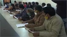 प्रदेश में नवनिर्वाचित प्रधान औऱ उप्रधानों को दिलाई गोपनीयता की शपथ