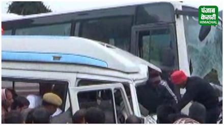 NH 21 पर हराबाग के पास भयंकर हादसा, 1 की दर्दनाक मौत 10 घायल