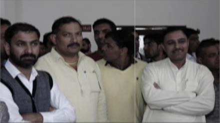 Dushyant Chautala को वादा याद दिलाने पहुंचे कर्मचारी, Dy.CM ने क्या कहा सुनिए