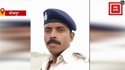हैदराबाद कांड के आरोपियों के एनकाउंट की खुशी में जवान ने मुंडवा दी मूंछ