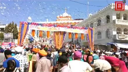 होले-मोहल्ले में देखिये कैसे अलौकिक रंग में रंगा Sri Anadpur Sahib