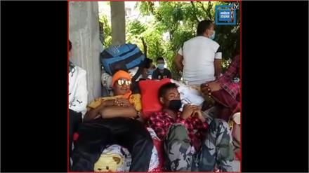 नेपाल सरकार के गैरजिम्मेदाराना रवैया से हज़ारों नागरिक फंसे, नेपाल  सरकार ने बार्डर किया बंद.