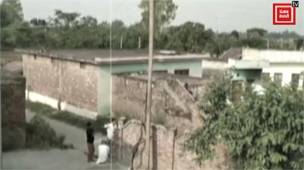 पाक ने हीरानगर सेक्टर के रिहायशी इलाकों को बनाया निशाना... दीवारों को चीर अंदर तक गई गोलियां