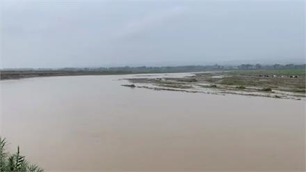 राहत की बारिश या एक और आफ़त....देखिए स्वा नदी का हाल...live