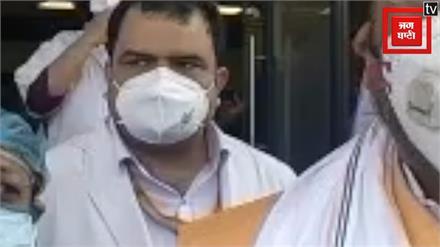 गाज़ियाबाद पहुंचे सुरेश खन्ना, कहा- जिले के कोरोना संक्रमित मरीजों का रिकवरी रेट काफी बेहतर