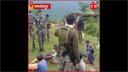 Jamshedpur: हार्डकोर नक्सली सोमा सरदार और उमेश मुंडा गिरफ्तार