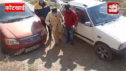 बुजुर्गों के हौंसले को सलाम,कोटखाई के 100 वर्षीय दौलत राम वर्मा ने किया मतदान