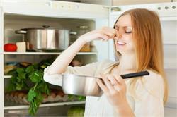 जानें फ्रिज की बदबू दूर करने के लिए घरेलू उपाय