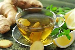 अदरक की चाय पीने से पहले जान लें उसके साइड इफैक्ट्स
