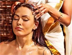 बालों की हर समस्या को दूर करते हैं ये 3 आयुर्वेदिक तेल (PICS)