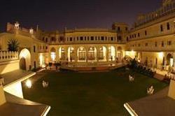 दुनिया के सबसे खूबसूरत और मंहगे होटल
