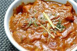 दावत में खिलाए मुगलई काजू चिकन मसाला (pics)