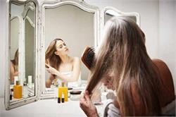 सफेद बालों की समस्या से छुटकारा पाने के लिए घरेलू नुस्खें (pics)