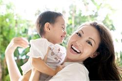 वर्किंग वूमैन यूं करें बच्चे की देखभाल (pics)