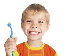 बहुत जरूरी है छोटे बच्चों के दांतों की देखभाल(Pics)